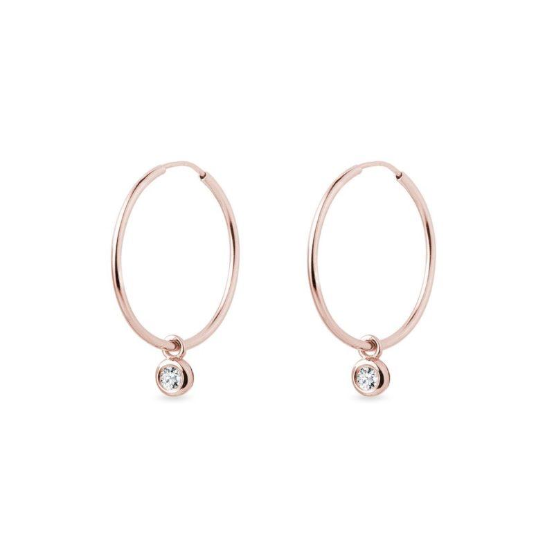 Náušnice kruhy s bezel diamanty v růžovém zlatě KLENOTA