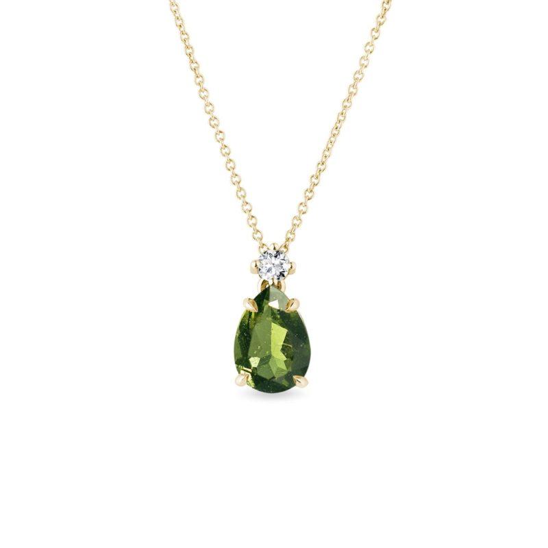 Zlatý náhrdelník s vltavínem a briliantem KLENOTA