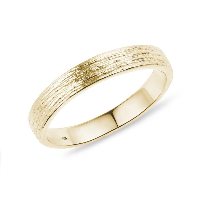 Zlatý snubní prsten KLENOTA
