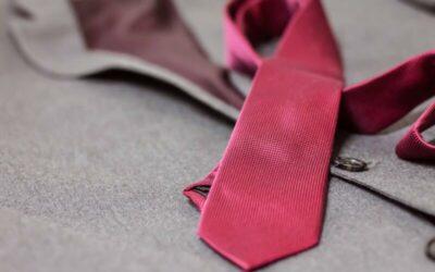 Spona na kravatu. Jak a kdy ji správně nosit?
